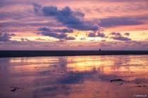 Reiten im Sonnenuntergang, Böhler Strand, Sankt Peter-Ording, Schleswig-Holstein, 05.04.2015 © by akkifoto.de