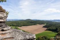 Landschaft vom Pfaffenstein Blickrichtung Gohrischstein, Sachsen, Deutschland, 10.09.2020 © by akkifoto.de